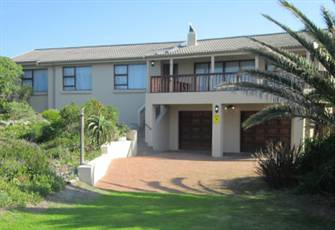 Cape St. Francis Family Accommodation