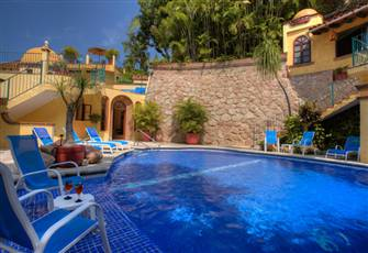 Beautiful Mexican Villa on the Shores of the Pacific Ocean- Exceeds Expectations