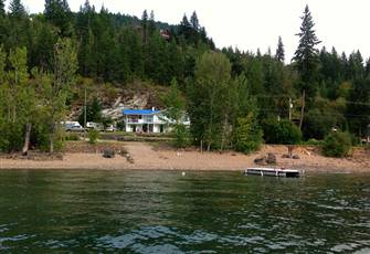 Semi-Waterfront Vacation Home Sleeps 16 plus Guests with all the Water Toys!!
