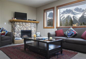 Best Views in Canmore!!! See Pictures.  Close to Downtown. Parks Pass Included.
