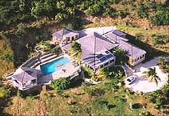 Luxury 5 Bedroom Villa, Close to the Beach with Pool and Panoramic Water Views
