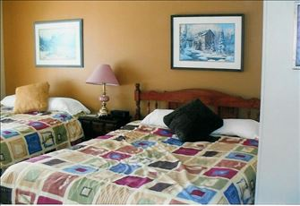 VALUE,  VIEW & COMFORT, TRUE SKI in-out, GOLF  7courses 3-30 minute drive