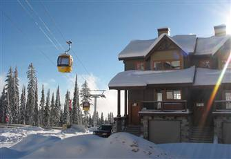 3 floors of luxury accommodation, Big White Ski Resort.