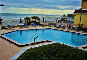 Fabulous 2 Bed/2bath Unit in Highly Maintained and Secured Oceanfront Condo
