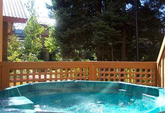 Professionally Managed Vacation Home with a Private Hot Tub & Pool in Whistler