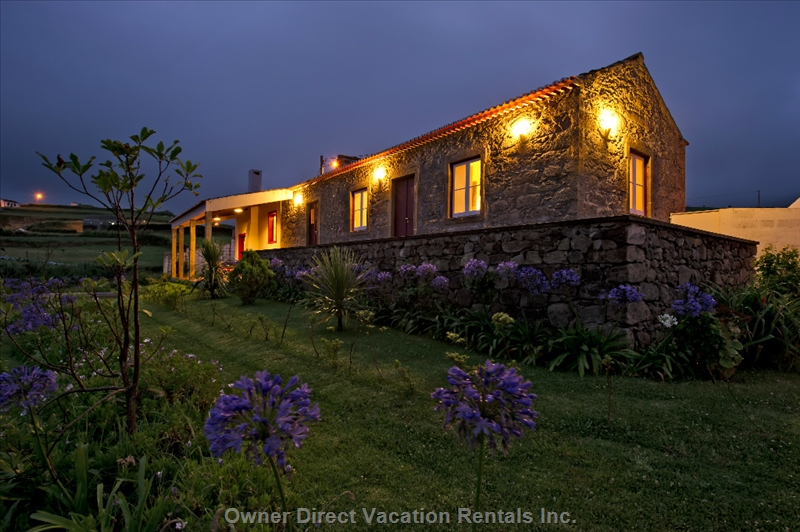 Cozy rural stone house with sea and mountain views. ID#209020