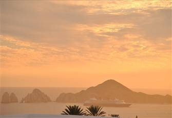 Stunning Cabo Arch Views, Exclusive Gated Community