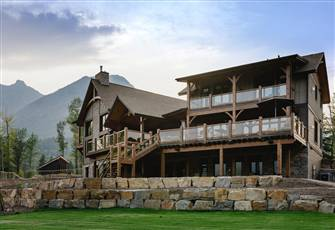 4 Bedrooms | Gourmet Breakfast, Shuttle to/from the Ski Resort and Fernie Incl.