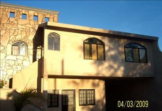 Beautifully Modern Apartment at 2 Blocks from the Center