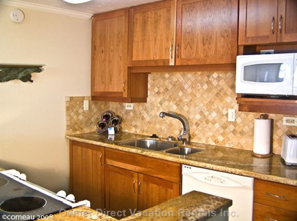Granite Top Upscale all New Kitchen