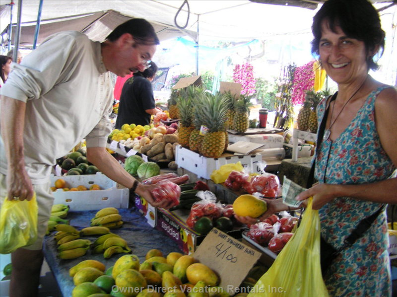 Shop at Outdoor Market on Alii Drive Just below our Home for Fresh Local Produce