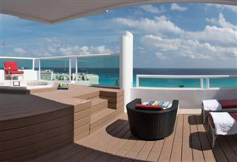 Oceanview 4 Bedroom Penthouse - Rooftop Jacuzzi - Cancun's Perfect Beach