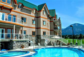 Amazing Lake Views and Only a Short Walk Away from Invermere's Main Strip