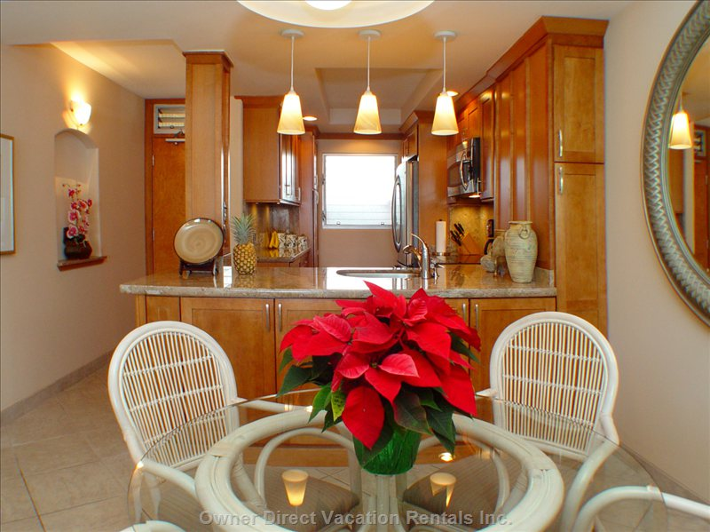 Dining Area Looking Thru Kitchen