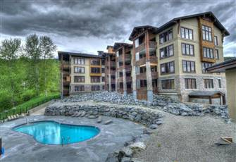 Beautiful 3 Bedroom Condo on Kimberley Ski Hill