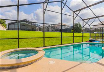 Awesome,Large 4 Bedroom Pool Villa on Fantastic Gated Community near Disney!