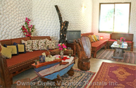 Living Rooom - Living Room with Sitting Lounge and Exclusive Furnishing