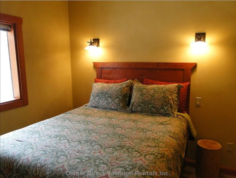Comfy Bedrooms, each with 2 Sconce Reading Lamps.