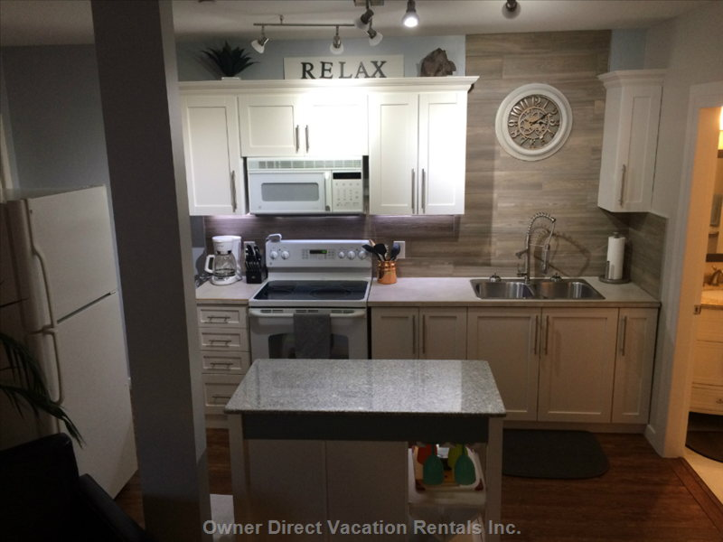 Newly Renovated Kitchen, Fully Equipped with Everything you Need.