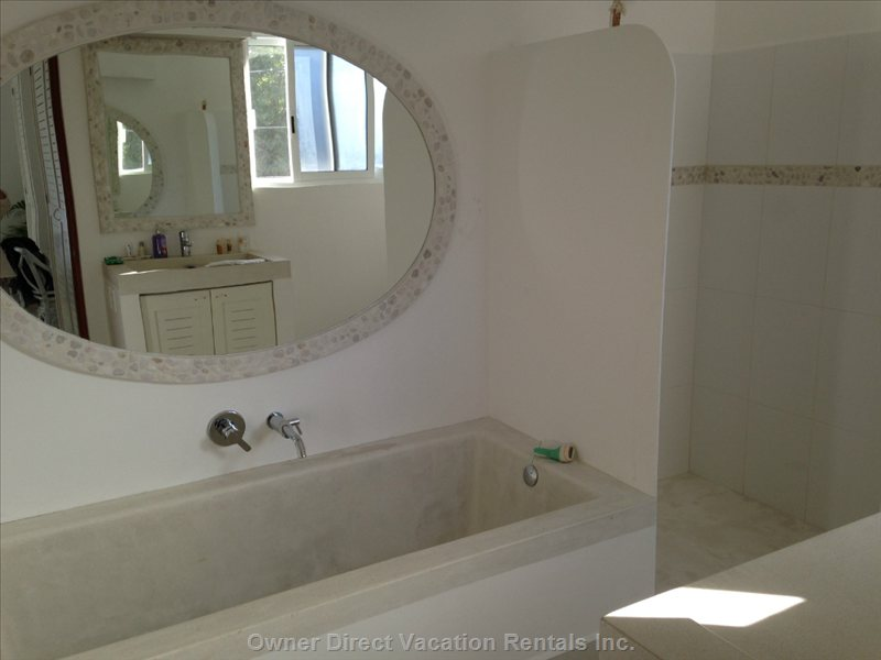 Bathtub off Master Bedroom - nothing like Having your Own Tub