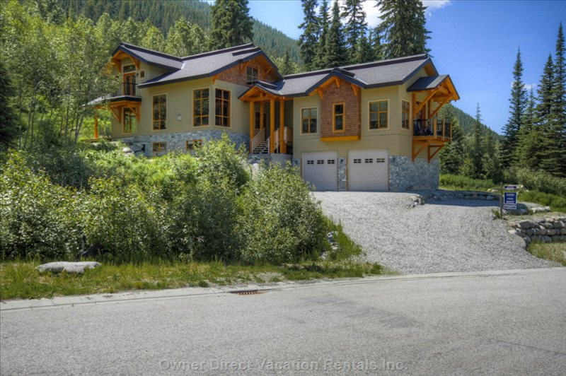 The Perfect Retreat Mountain Property..... All Year Around. - Sun Peaks Vacation Rental House #203316