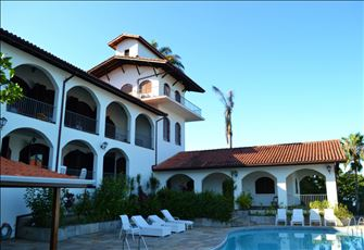 Luxury Villa with 9 Bedrooms in Ubatuba