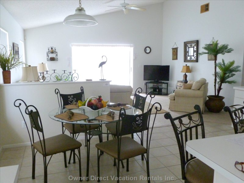 Breakfast Nook through to Family Room
