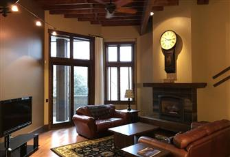 Luxury 2 Bedroom Condo at the Historic 901