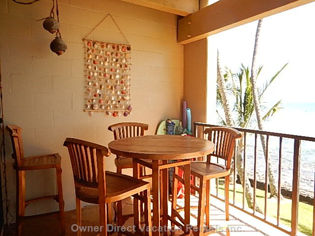 Dine on the Oceanfront Lanai