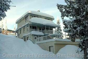 Exterior - Just a 2-minute Stroll to the Silver Star Resort Village