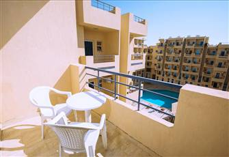 180° Panoramic Pool View Studio, Balcony and Free Wifi @ Tiba Resort