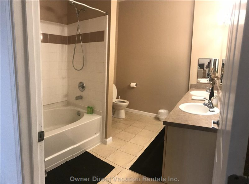 Full Bathroom - Tub Shower