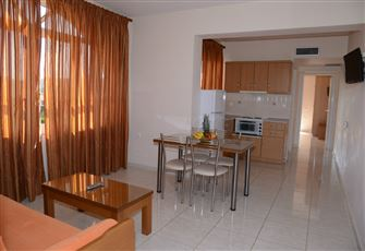 One Bedroom Apartment in a Level for  4 People - Two Apartments Available