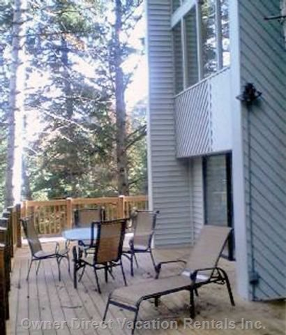 Back Deck - with Hot Tub-summer