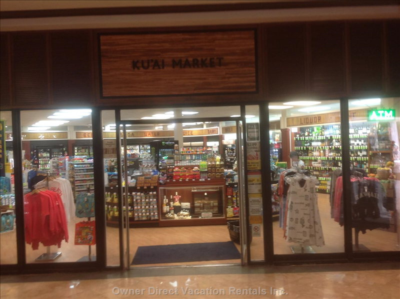 More Wonderful Shops at the Main Floor of the Ilikai