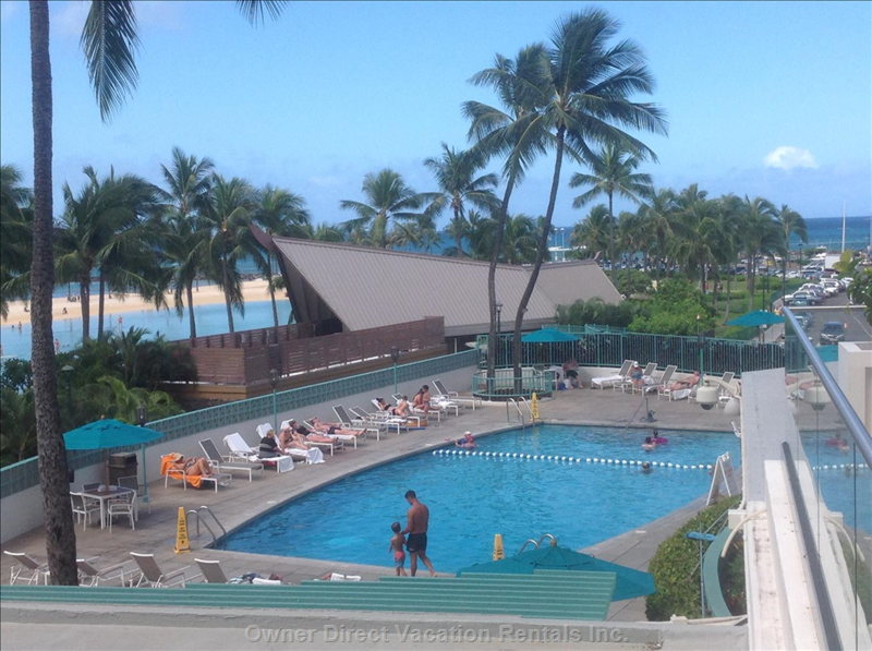 Beachside Swimming Pool. Als There is a Suntanning, Wadding Pool on the 2nd Floor.