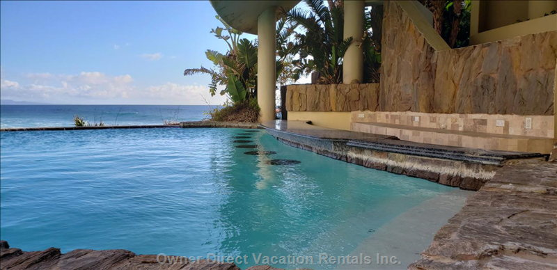 One of the Infinity Pools with Wet Bar  Complex Pools