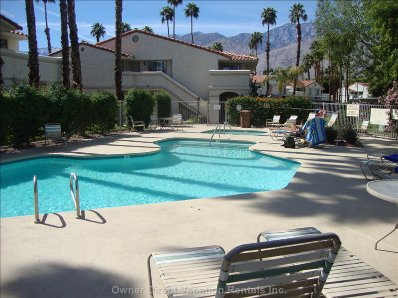 Pool is Usually 85 Degrees, Spa/Hot Tub Usually 103 Degrees. Fantastic for Star Gazing on Crystal Clear Desert Nights.