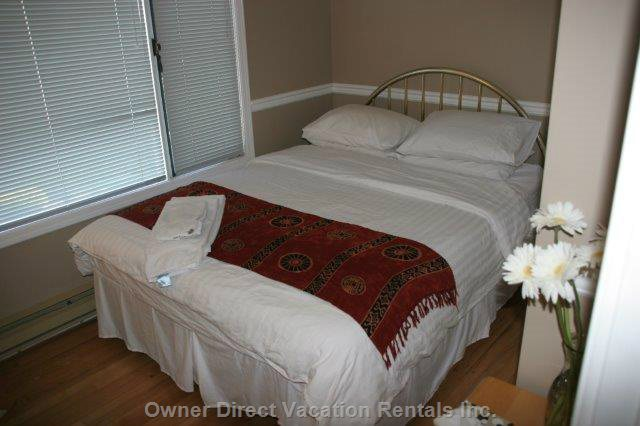 Bedroom 2  - Queen (Upstairs - Main Floor)